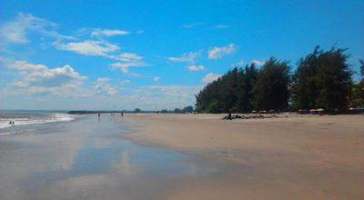 Wisata Pantai Pariaman