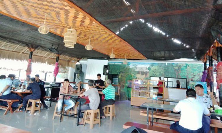 Saung Idang Cafe