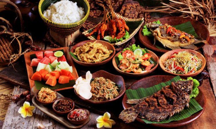 10 Wisata Kuliner di Tanjung Pinang yang Murah & Enak