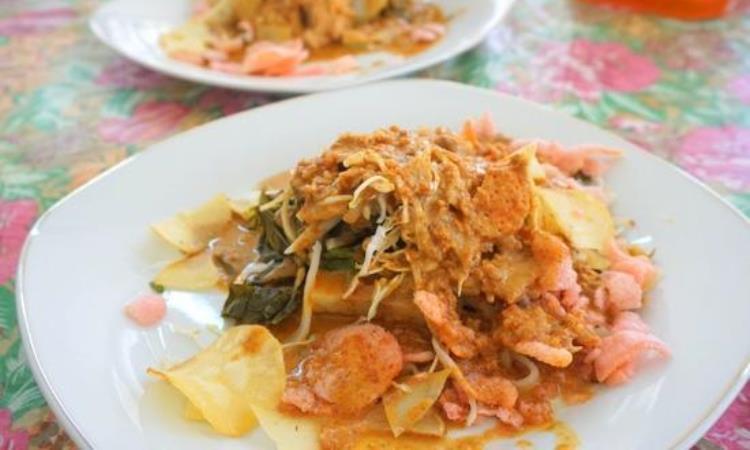 Pical Sukai dan Lanang Café