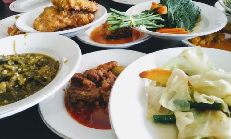 Rumah Makan Sederhana Lahat