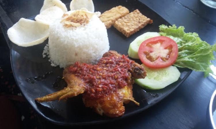 Sobat Cafe and Resto