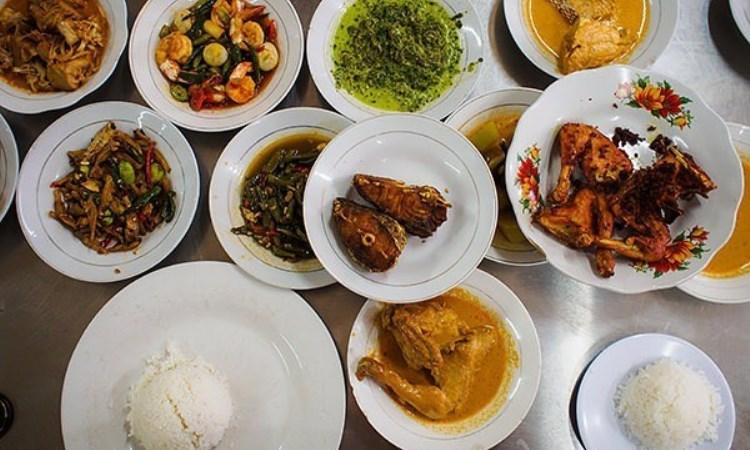 10 Wisata Kuliner di Binjai yang Murah & Enak