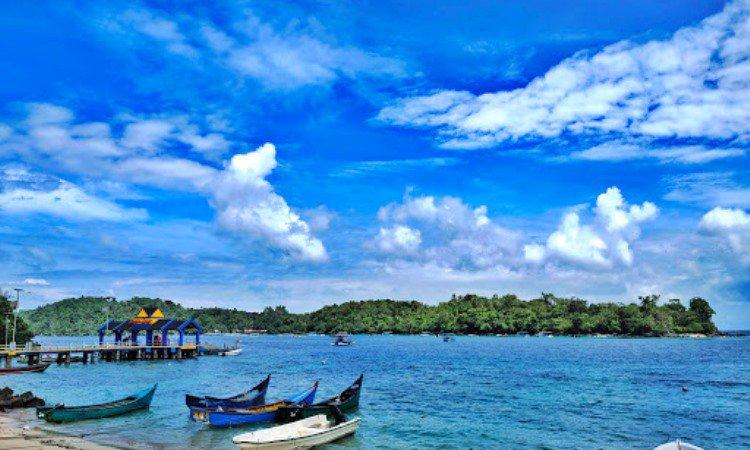Pantai Teupin Layeu