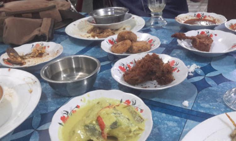 Rumah Makan Bukittinggi