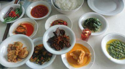 10 Restoran & Tempat Makan di Pasaman Barat yang Paling Enak