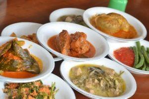 10 Restoran & Tempat Makan di Solok yang Paling Enak