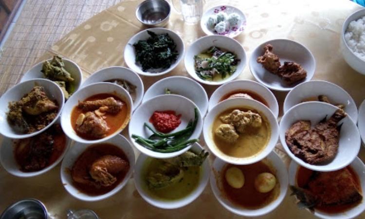 10 Wisata Kuliner di Padang Panjang yang Murah & Enak