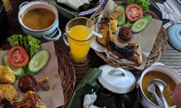 10 Wisata Kuliner di Rokan Hulu yang Murah & Enak