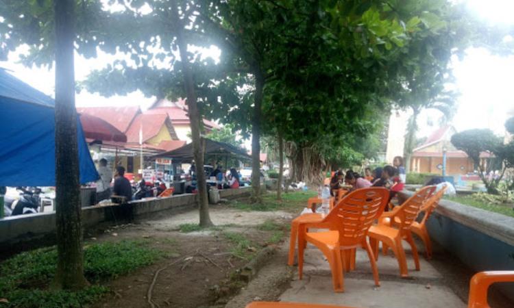 Street Food Taman Puspa Ragam