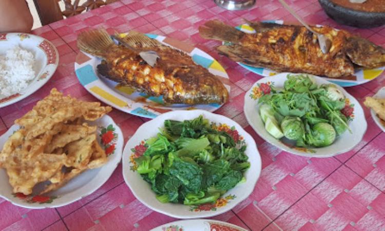 10 Restoran & Tempat Makan di Pringsewu yang Paling Enak