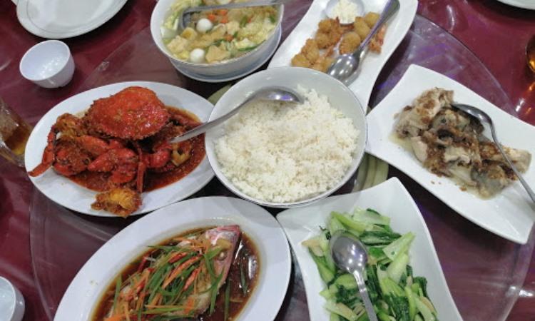 10 Wisata Kuliner di Belitung Timur yang Murah & Enak