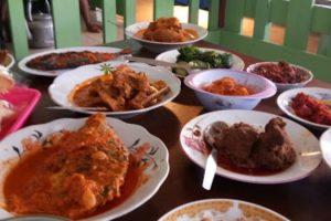 10 Wisata Kuliner di Mandailing Natal yang Terkenal Enak & Wajib Dicoba