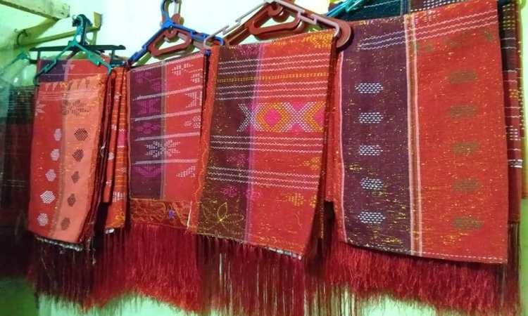 Desain, Struktur Baju Adat Ulos