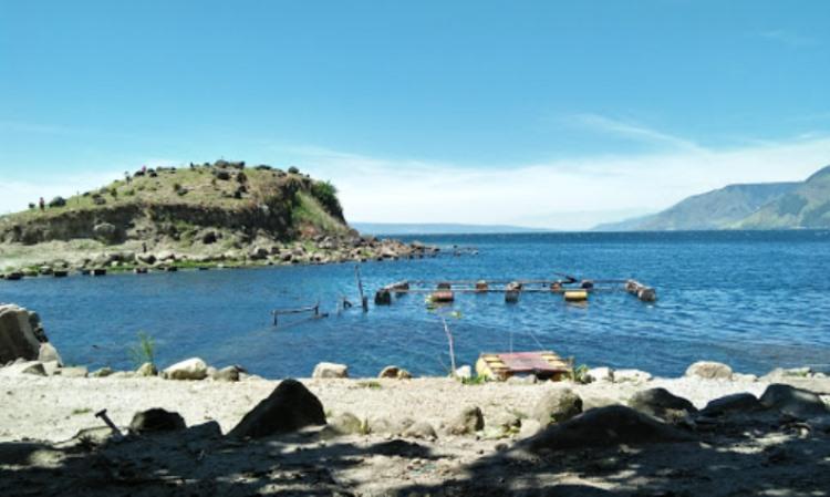 Pantai Paropo