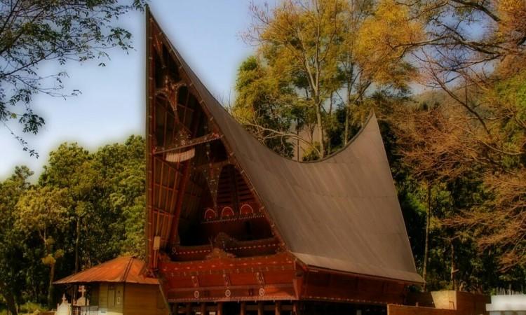 Rumah Balai Karo