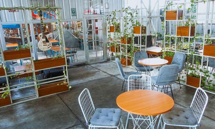 14 Cafe Tempat Nongkrong di Bandar Lampung yang Paling Hits