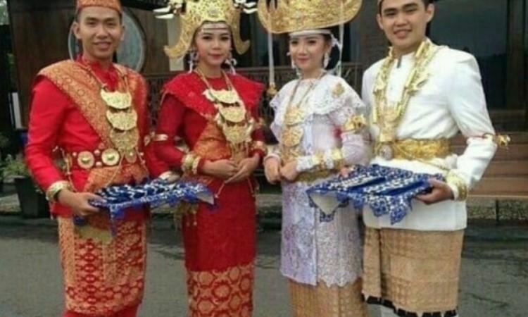 Filosofi Baju Adat Lampung