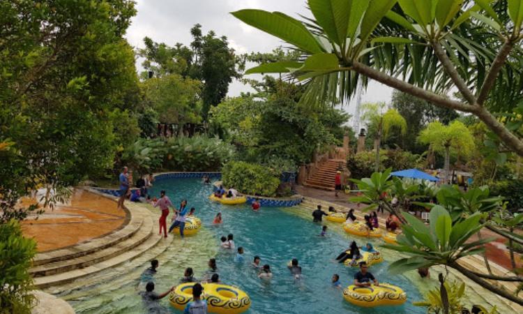 Kegiatan di Amanzi Waterpark