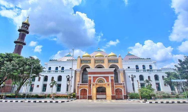 Keunikan Masjid Sultan Mahmud Badarudddin II