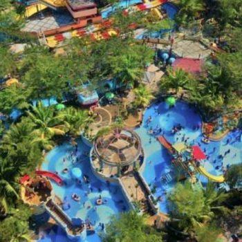 OPI Water Fun, Taman Air yang Populer di Banyu Asin