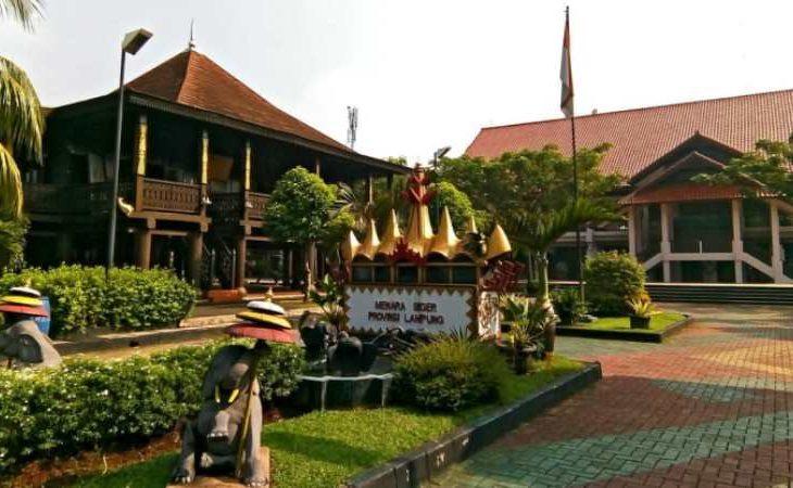 Nuwo Sesat Fakta Filosofi Keunikan Rumah Adat Lampung Andalas Tourism