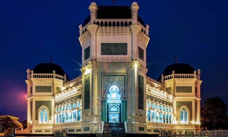 Sejarah Masjid Raya Al Mashun Medan