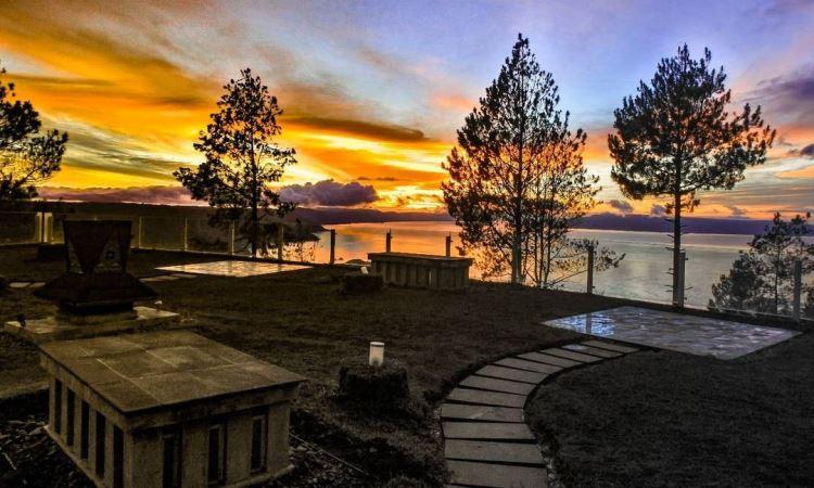 Taman Simalem Resort, Ekowisata & Penginapan Hits Berlatar Danau Toba