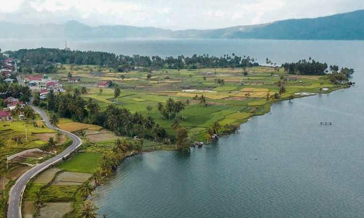 Alamat Danau Singkarak
