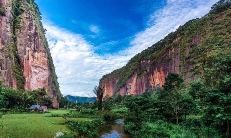 Alamat Lembah Harau