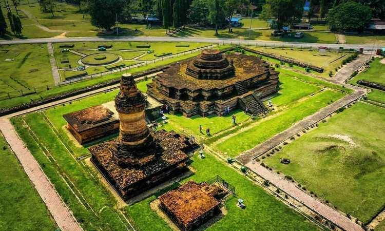 Daya Tarik Candi Muara Takus Riau