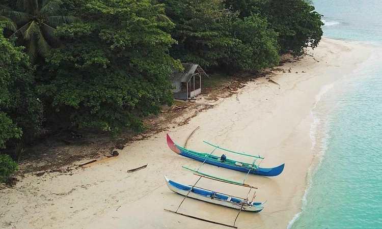 Teluk Kiluan Wisata Bahari Nan Eksotis Di Tenggamus Lampung Andalas Tourism