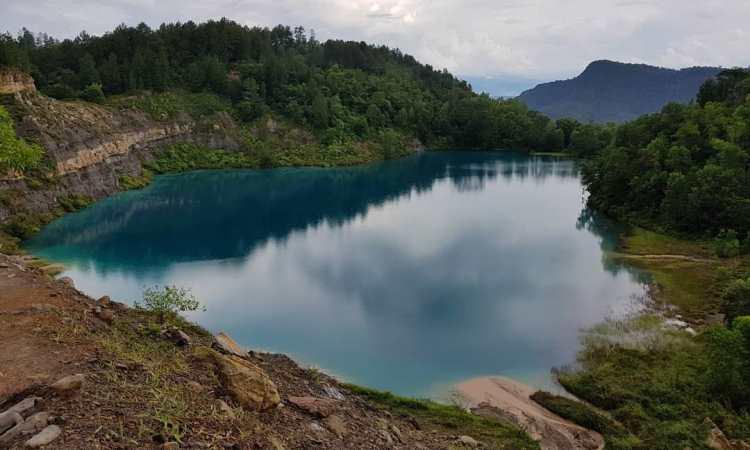 Fasilitas di Danau Biru Sawahlunto