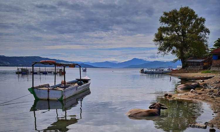 Fasilitas di Danau Singkarak