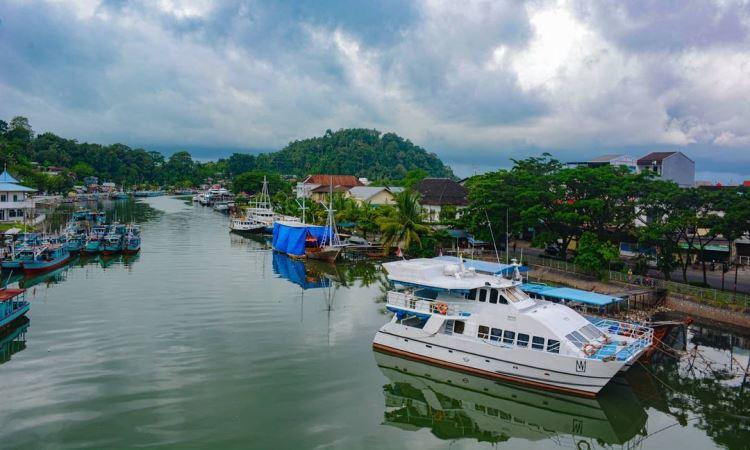 Fasilitas di Jembatan Siti Nurbaya Padang