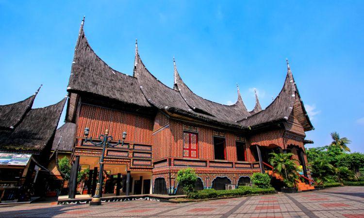 Filosofi Rumah Adat Minang