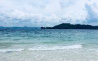Indahnya Pantai Mutun, Pantai Pasir Putih Eksotis di Pesawaran Lampung