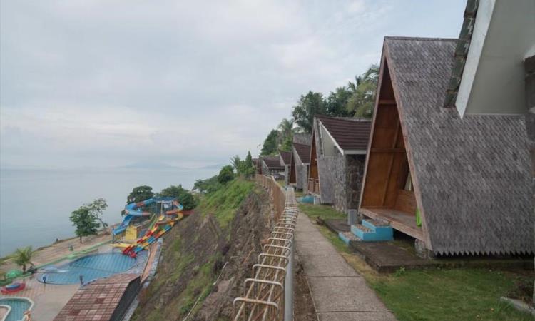 Penginapan Pantai Minang Rua