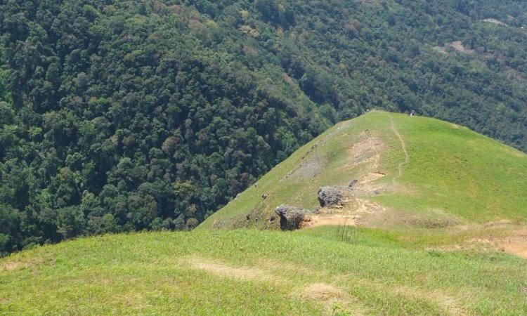 Puncak Gagoan, Panorama Alam yang Menakjubkan di Solok