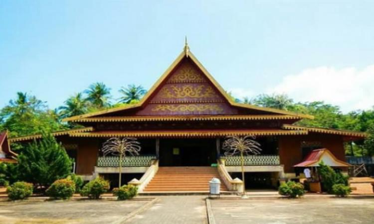Rumah Salaso Jatuh