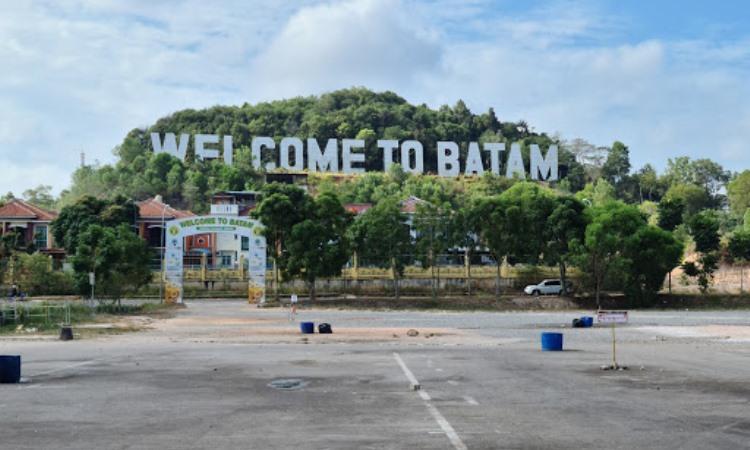 Alamat Monumen Welcome to Batam