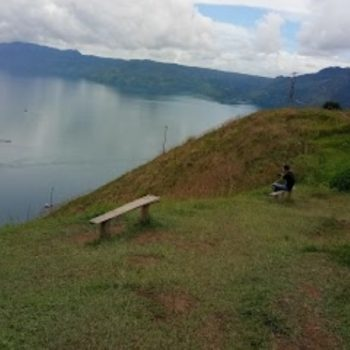 Bukit Senyum Mutong, Wisata Alam yang Kaya Pesona di Toba Samosir