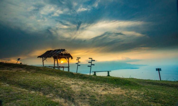 Fasilitas di Bukit Senyum Mutong