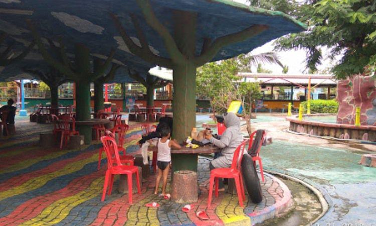Fasilitas di Funtasy Island Waterpark