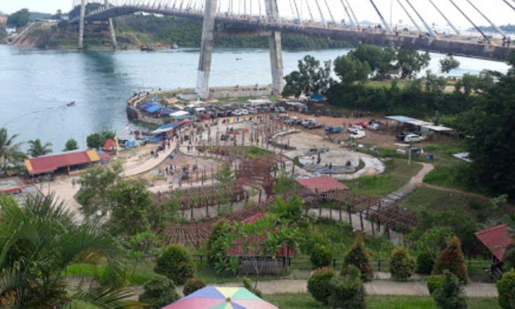 Fasilitas di Jembatan Barelang Batam