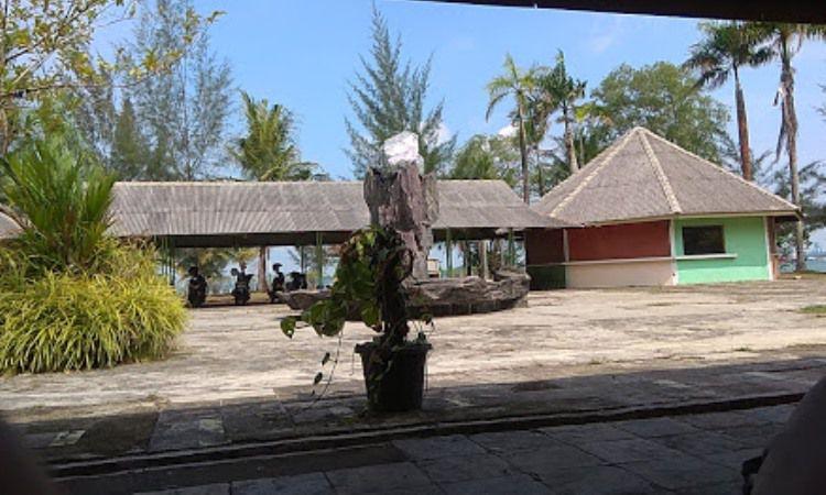 Fasilitas di Pantai Marina Batam