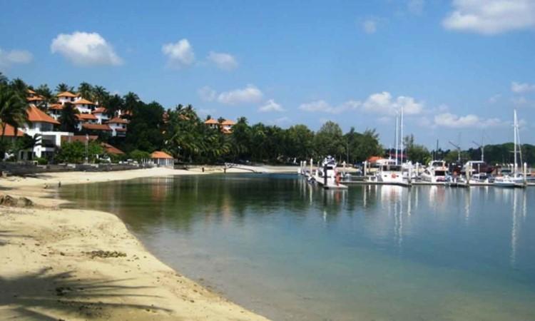 Pantai Marina, Pantai Pasir Putih yang Menawan di Batam