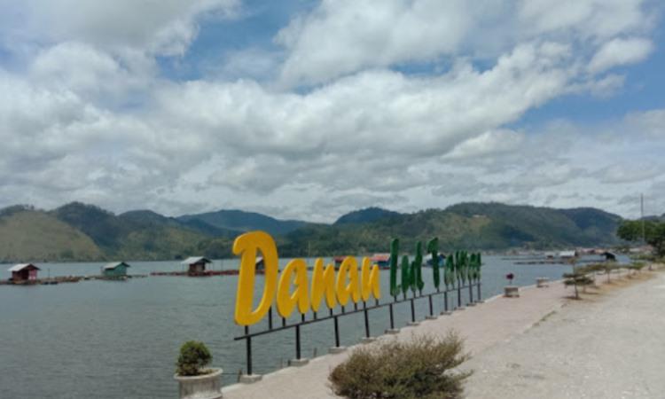 Alamat Danau Laut Tawar