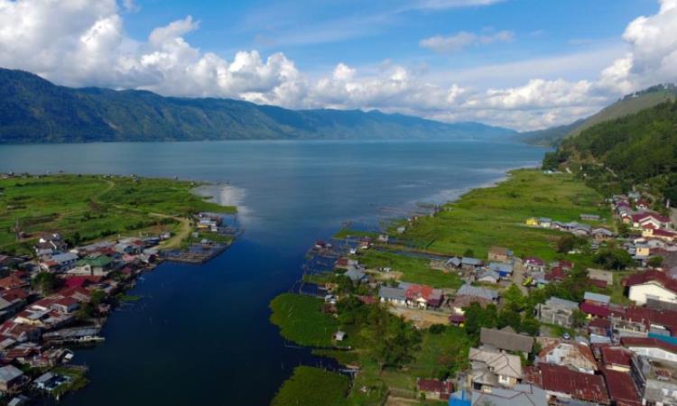 Danau Laut Tawar, Danau yang Indah Sarat Cerita Mistis di Aceh Tengah
