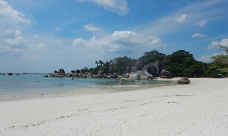 Daya Tarik Dimiliki Pantai Tanjung Tinggi